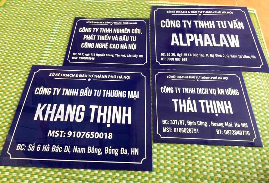 Lý do tại sao nên thi công biển hiệu Mica tại Đăng Quang Ad