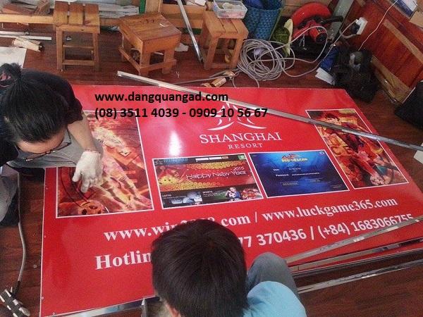 Gia công bảng tole dán decal tại Tân Phú