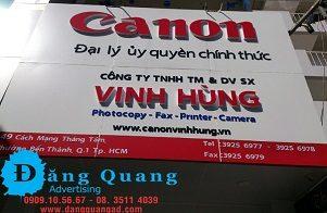 Thi công chuỗi bảng hiệu alu chữ nổi mica Canon tại Quận 1 TP HCM