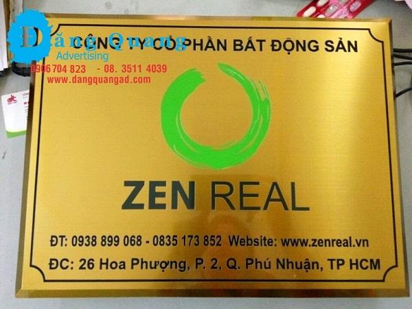 Lắp đặt bảng inox ăn mòn inox vàng xước cty Zen Phú Nhuận