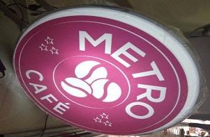 Lắp đặt hộp đèn hút nổi hộp đèn mica Metro cafe Bình Thạnh