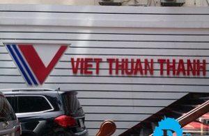 Lắp đặt bảng hiệu chữ nổi mica led VTT Quận 1 Tp HCM