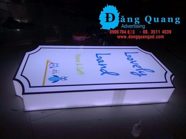 Thi công lắp đặt bảng hiệu hộp đèn mica decal Quận 3 Tp HCM