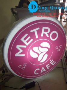 Thi công hộp đèn hút nổi hộp đèn mica Metro cafe Bình Thạnh