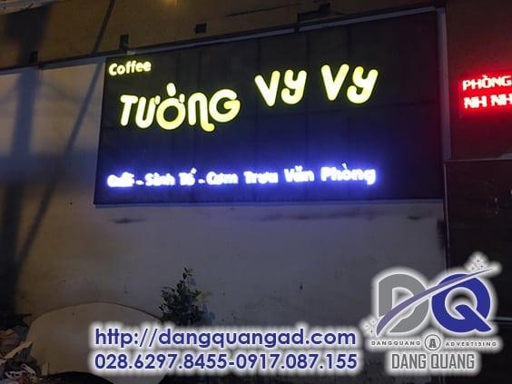 thi-cong-mica-chu-noi-tuong-vy-vy-quan-tan-binh