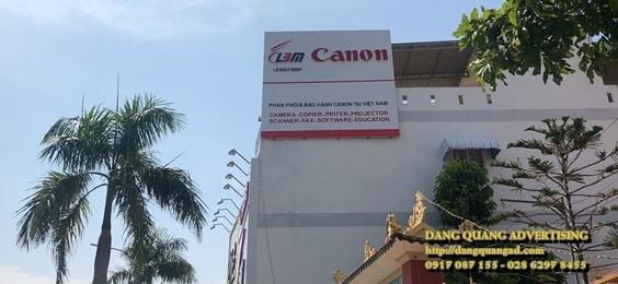 thi cong bang quang cao alu chu noi led canon le bao minh (6)