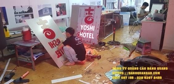 bang alu chu noi led yoshi hotel (2)