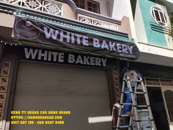 lam bang alu chu noi led white bakery (4)