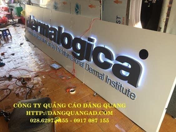 Đăng Quang Ads cung cấp dịch vụ thi công biển alu chữ nổi uy tín