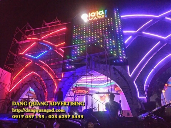 Công ty Quảng Cáo Đăng Quang - đơn vị làm biển hiệu công ty uy tín